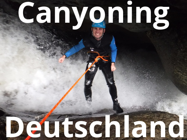 Canyoning Gast beim Abseilen